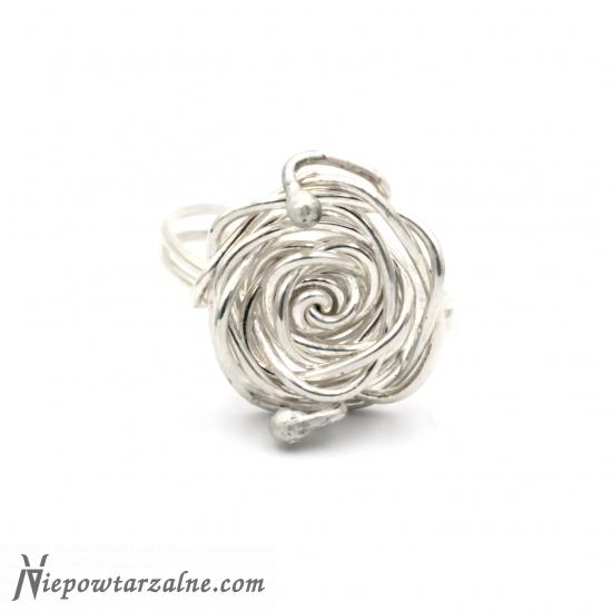"""Srebrny pierścionek """"Róża 2"""""""